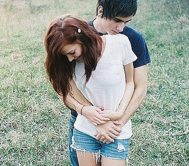 Обниматься с девкой сексом