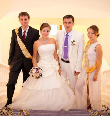 Можно ли быть свидетелями на свадьбе женатой паре